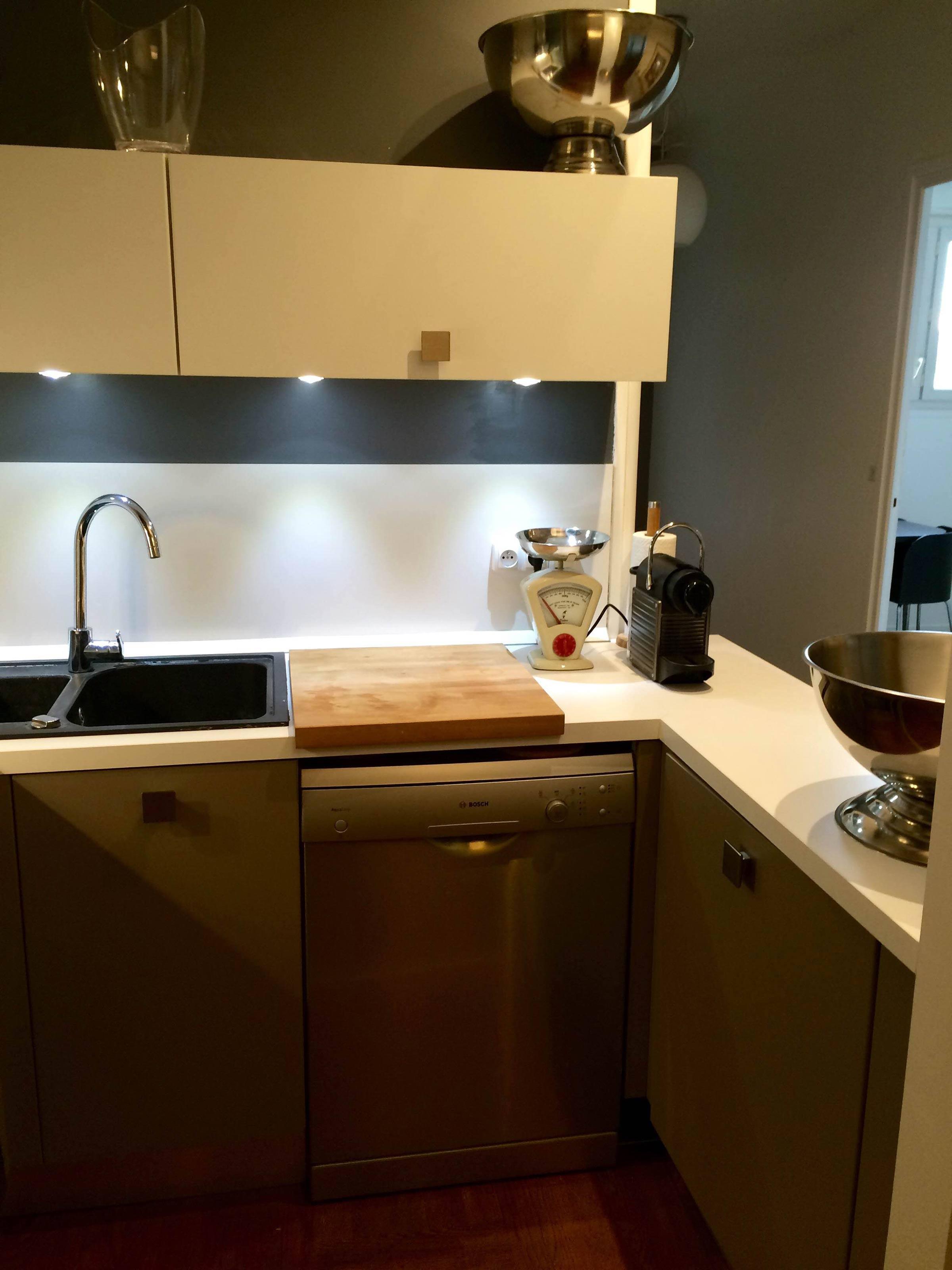 Cr ation cuisine dans un petit espace de 4m2 lyon - Cuisine dans petit espace ...