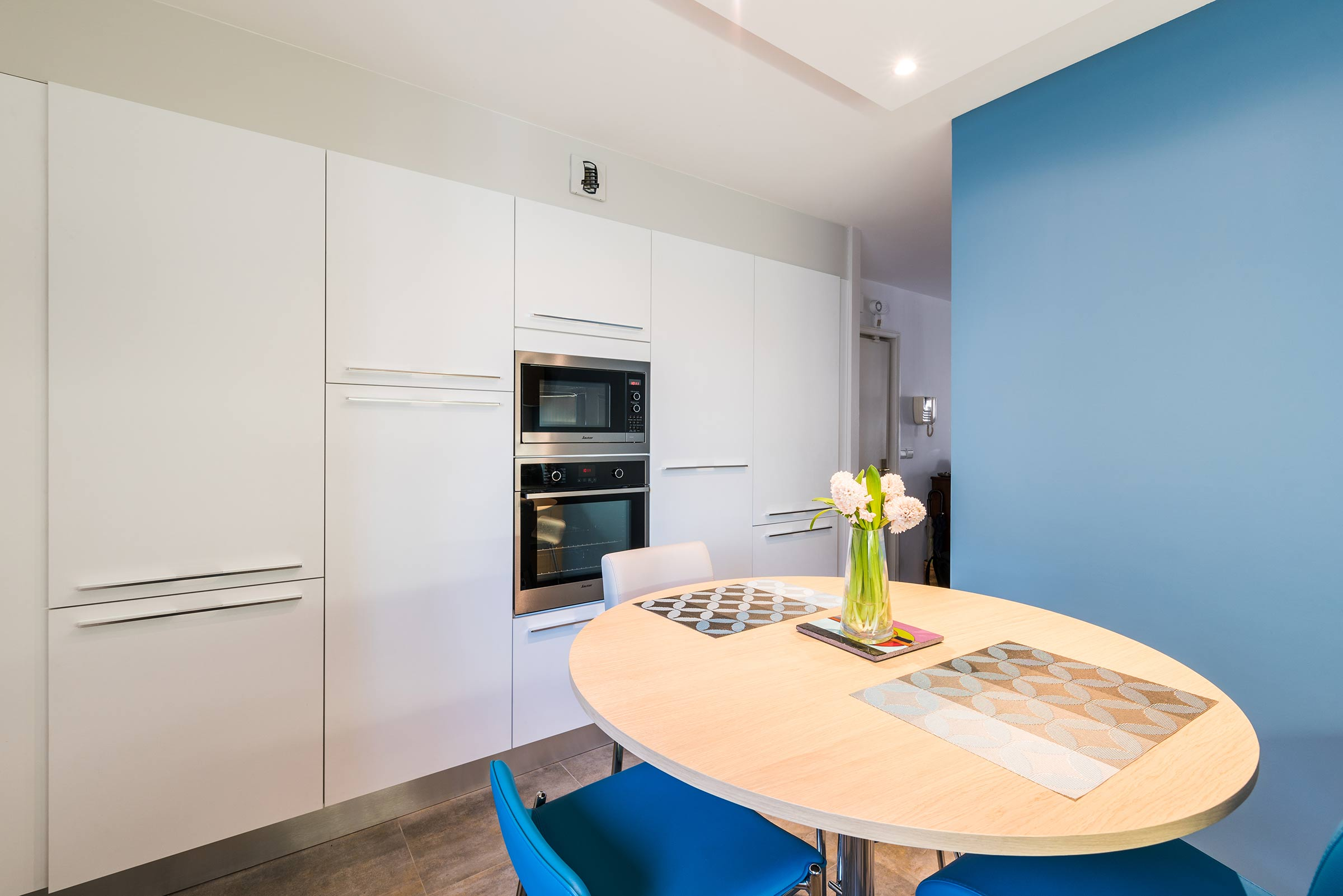 renovation cuisine lyon cool renovation d une cuisine lyon with renovation cuisine lyon free. Black Bedroom Furniture Sets. Home Design Ideas